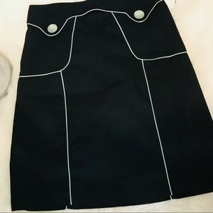 Adorable aline skirt w/ mint green piping outline